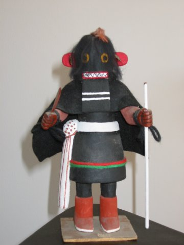 woman_ogre_kachina.jpg (286311 bytes)